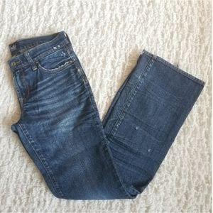 """Lucky Jeans medium wash 9"""" rise size 4 / 27"""